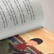 Cedarwood_U2_ChildrensBook_Dublin_Edition_Hardcover_English_Irish_Bilingual_Detail_Irish